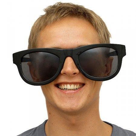 Салатовые очки вампира фото