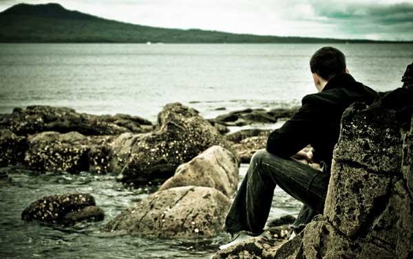 Боль утраты время зацелует - исполняет Овсей Фол