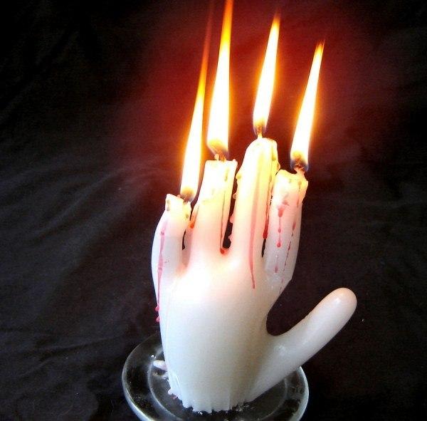 Эту руку - сразу бы за тебя в огонь