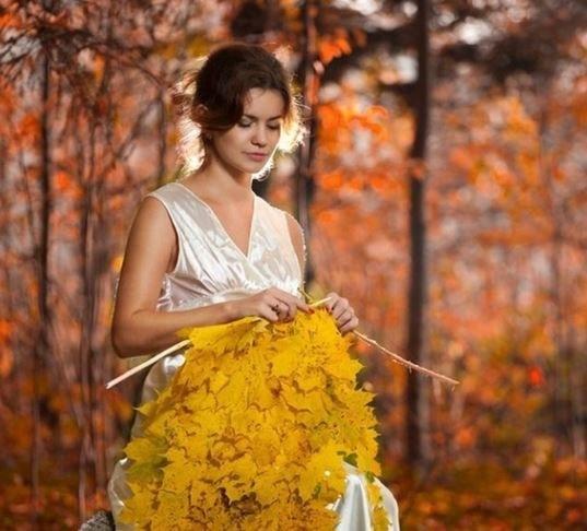 Вязала леди Осень яркий шарф...
