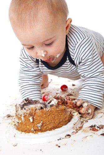 Картинки детей с тортом