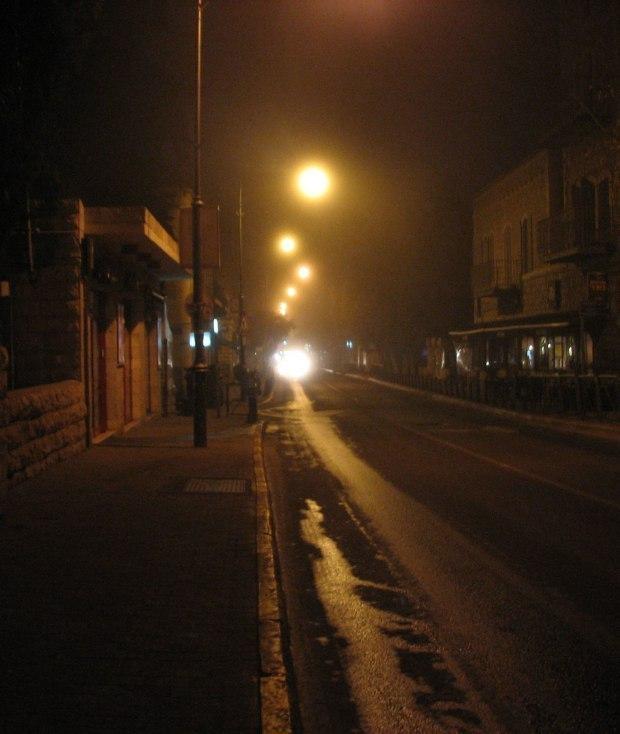 городе незнакомом ночь где на в остановиться
