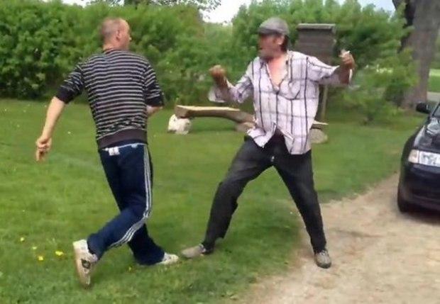 ukrainskoe-svingerov-s-ogromnim-huem