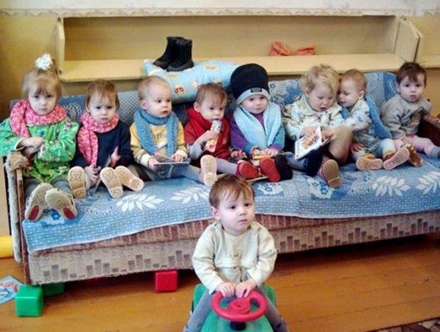 Брошенные дети.Сл.Т.Фуфаева,муз.исп.С.Морозов